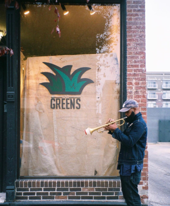 the greens outside image